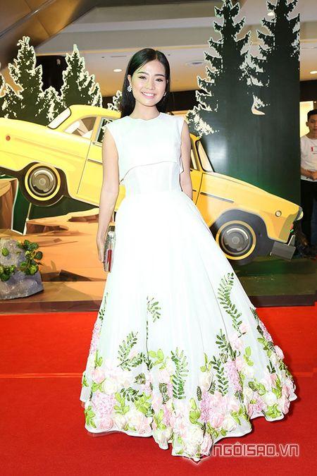 Bo me Angela Phuong Trinh 'thap tung' con gai di su kien sau khi lam lanh - Anh 16
