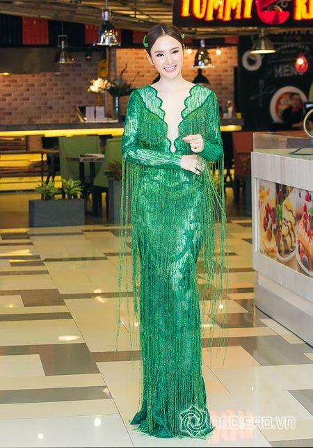 Bo me Angela Phuong Trinh 'thap tung' con gai di su kien sau khi lam lanh - Anh 5