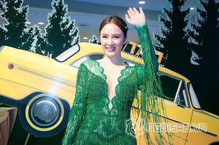 Bo me Angela Phuong Trinh 'thap tung' con gai di su kien sau khi lam lanh - Anh 8