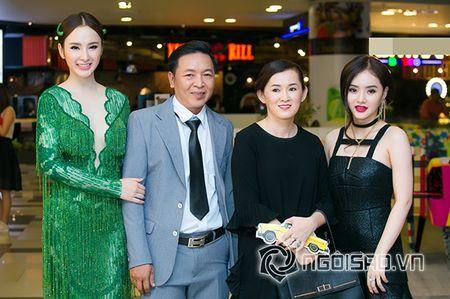 Bo me Angela Phuong Trinh 'thap tung' con gai di su kien sau khi lam lanh - Anh 9