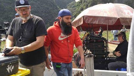 Ben trong truong quay bom tan 'King Kong' o Ninh Binh - Anh 1