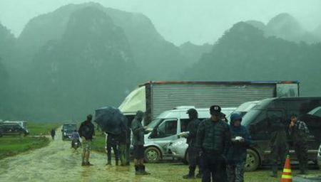 Doan lam phim King Kong gui thu cam on cong an - Anh 1