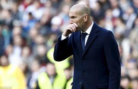 Real va su 'mong manh de vo' duoi thoi Zidane - Anh 2