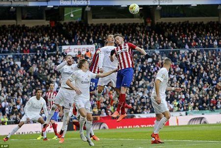 Real va su 'mong manh de vo' duoi thoi Zidane - Anh 3
