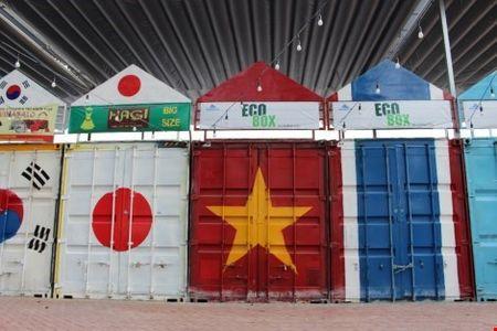 Dao cho lam tu thung container o Sai Gon - Anh 3