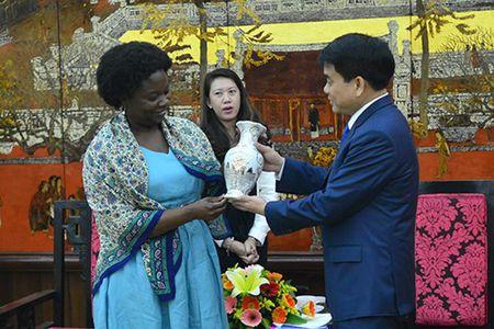 Chu tich UBND TP Ha Noi Nguyen Duc Chung tiep Giam doc Ngan hang The gioi tai Viet Nam - Anh 2