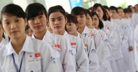 Vi sao Bo Cong thuong dot ngot huy hop bao thuong ky thang 2/2016? - Anh 4