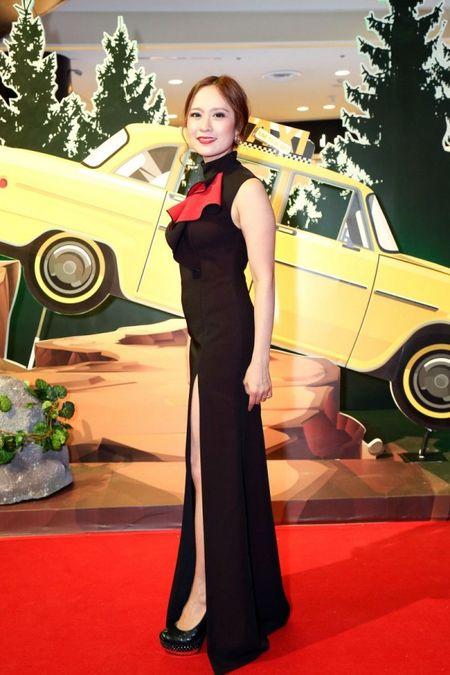 Angela Phuong Trinh rang ro ngay ra mat 'Taxi, Em ten gi?' - Anh 3