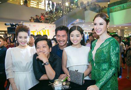 Angela Phuong Trinh rang ro ngay ra mat 'Taxi, Em ten gi?' - Anh 4