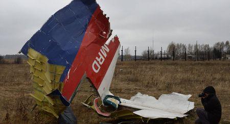 Ukraine bi cao buoc truc tiep ve toi pham ban roi MH17 - Anh 1