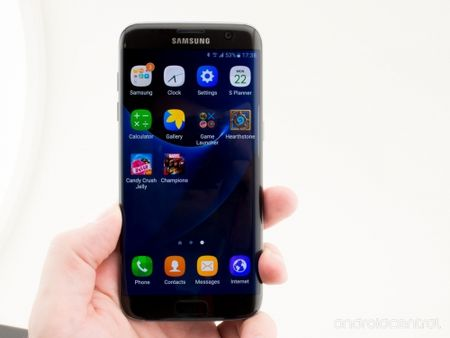 Galaxy S7/S7 Edge se 'copy' giao dien cua iPhone - Anh 1