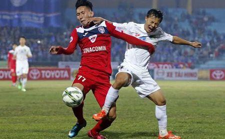 Nhung diem nhan vong 2 V-League 2016 - Anh 1
