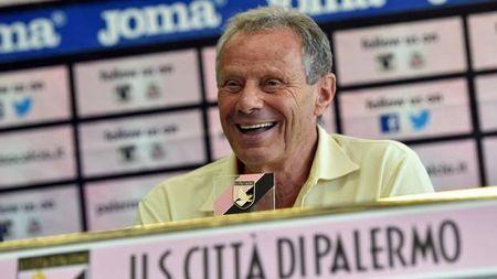 Soc: Tan chu tich FIFA bi cao buoc mua phieu bau - Anh 1