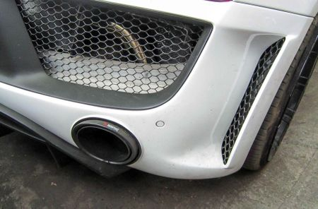 Audi R8 V10 tai Sai Gon do goi than vo den tu Duc - Anh 7