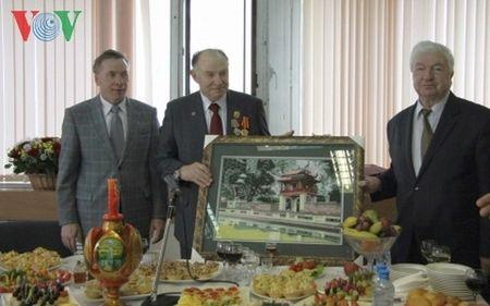Vien si Mikhail Titarenko - nguoi ban cua nhan dan Viet Nam - tu tran - Anh 3