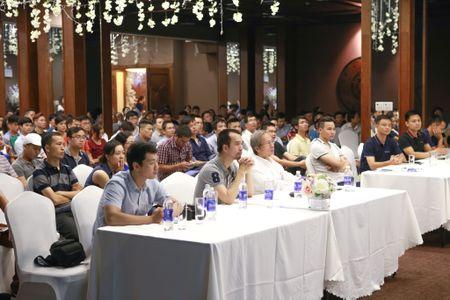 """""""Doanh nghiep ban hang online nen cham dut khuyen mai ao"""" - Anh 2"""