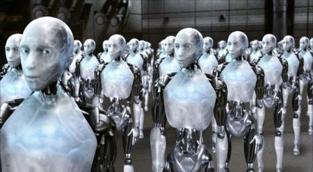Nhan cong gia re mat viec vi robot - Anh 1