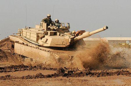 Vach tinh nang bi giau kin tren sieu tang M1 Abrams My - Anh 1