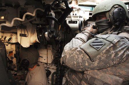 Vach tinh nang bi giau kin tren sieu tang M1 Abrams My - Anh 8