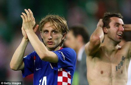 Truc tiep Euro 2016: Croatia vs Tho Nhi Ky - Anh 1