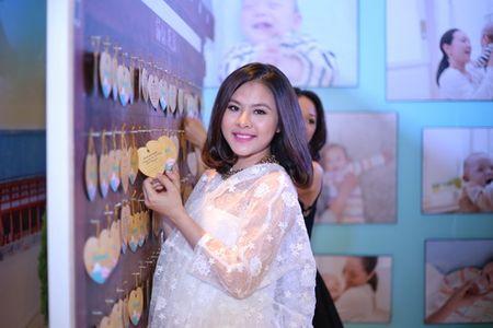 "Phuong Vy Idol tai xuat ""tron tria"" sau 1 thang ruoi sinh con - Anh 11"