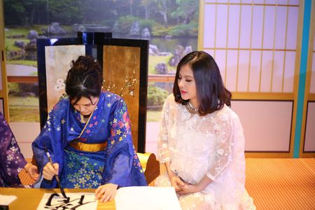 "Phuong Vy Idol tai xuat ""tron tria"" sau 1 thang ruoi sinh con - Anh 13"