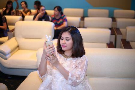 "Phuong Vy Idol tai xuat ""tron tria"" sau 1 thang ruoi sinh con - Anh 14"
