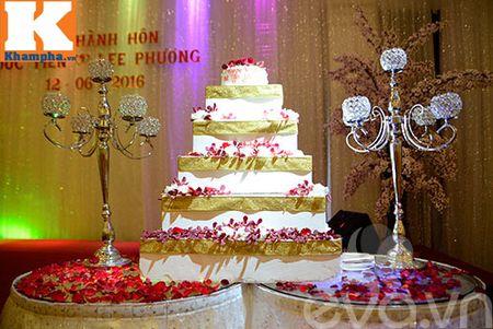 Le Thi Phuong hanh phuc ngot ngao ben chong trong tiec cuoi - Anh 21