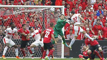Thuy Sy-Albania (1-0): Chien thang xung dang - Anh 1