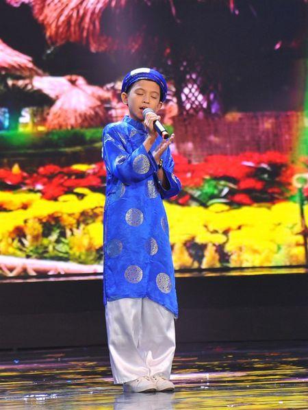 'Thu tai sieu nhi': Hoai Linh chap tay chao thua Kutin - Anh 16