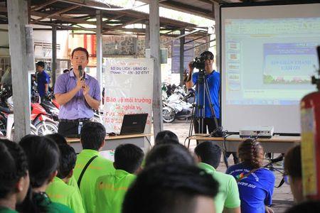 Lam cho cong vien sach hon - Anh 2