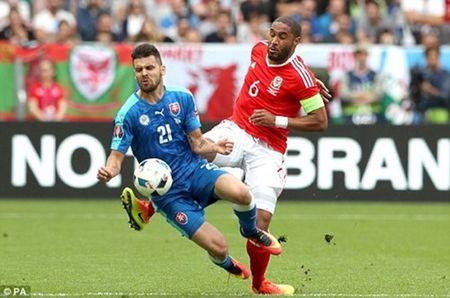 Bale lap sieu pham, Wales khoi dau nhu mo tai EURO 2016 - Anh 1