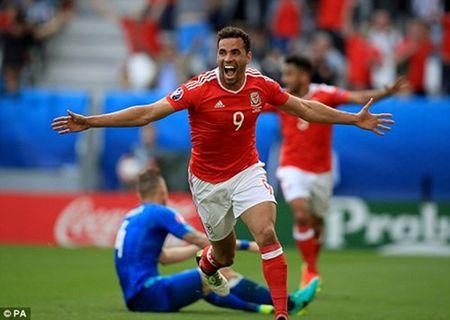 Bale lap sieu pham, Wales khoi dau nhu mo tai EURO 2016 - Anh 5