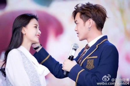 """6 cap doi Hoa - Han khien fan mot long mong """"phim gia tinh that"""" - Anh 12"""