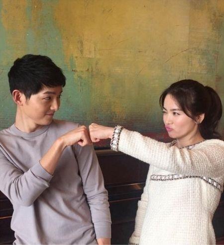"""6 cap doi Hoa - Han khien fan mot long mong """"phim gia tinh that"""" - Anh 2"""