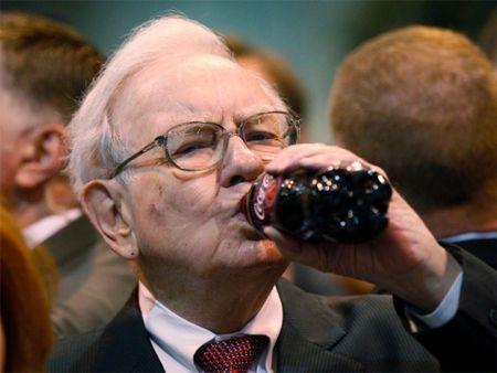 """Dai gia """"bi an"""" chi 3,46 trieu USD de an trua cung ty phu Warren Buffett - Anh 1"""