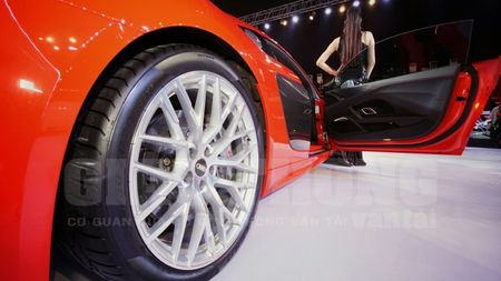"Chiem nguong Audi R8 - ""2016 World Performance Car"" tai Audi Progressive - Anh 18"