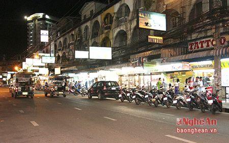 Den thanh pho khong ngu cua Thai Lan - Anh 12