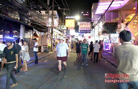 Den thanh pho khong ngu cua Thai Lan - Anh 1