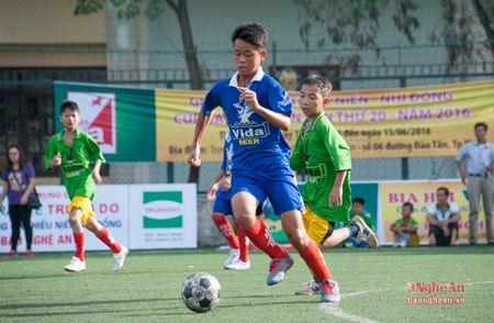 Thieu nien Quynh Luu thang de Anh Son 6-0 - Anh 1