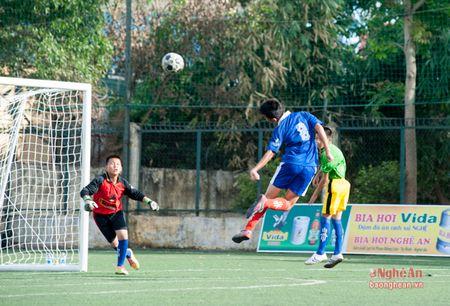 Thieu nien Quynh Luu thang de Anh Son 6-0 - Anh 4