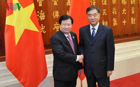 Pho Thu tuong: Viet - Trung can kiem soat tot bat dong tren Bien Dong - Anh 1