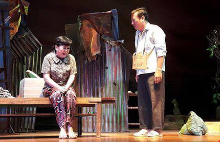 Khoc nhu mua voi Rau ram o lai cua Hoang Thai Thanh - Anh 1