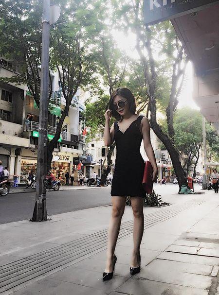 Huong Tram khac phuc nhuoc diem nam lun voi vay ao - Anh 14