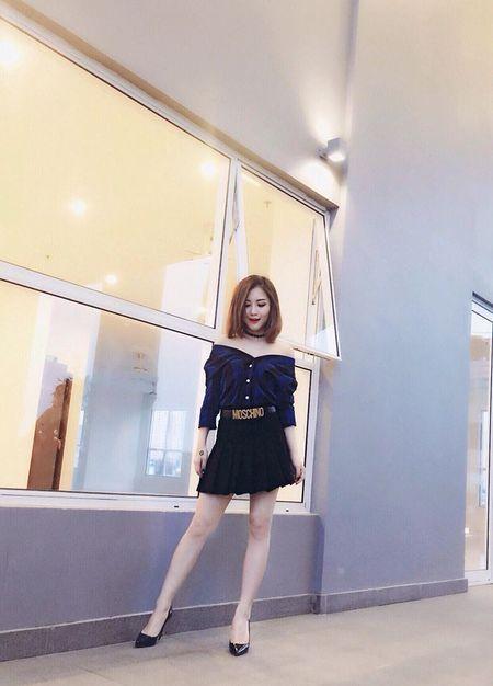 Huong Tram khac phuc nhuoc diem nam lun voi vay ao - Anh 9