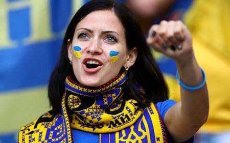 Truc tiep Duc 1-0 Ukraina: Cuu thua lien tiep - Anh 3