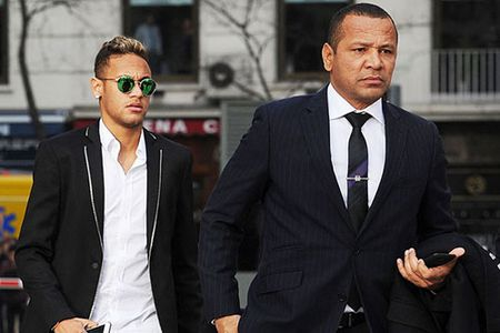 May hon Messi, Neymar khong bi dieu tra hinh su - Anh 1