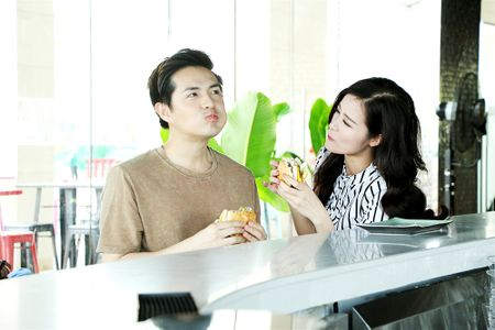 Dong Nhi – Ong Cao Thang he lo nhat ky yeu nhau hanh phuc hon 8 nam - Anh 4
