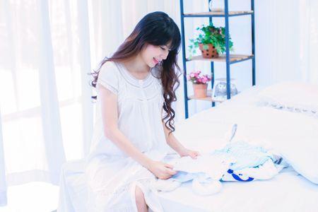 Mang thai lan 4, Minh Ha van giu nhan sac hot girl dang ghen ti - Anh 2