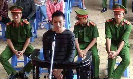 Ghen tuong, hung thu vao tan benh vien truy sat nan nhan - Anh 1